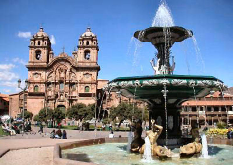 https://www.viator.com/Santiago-attractions/Plaza-de-Armas/d713-a1341